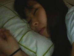 最近カラダがすっかりエロくなってきた妹のマンコがどうしても見たくて寝込みをおそってみた